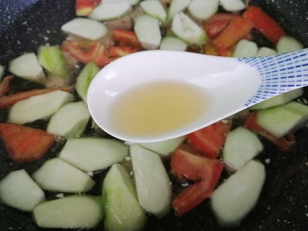 丝瓜豆腐蛋花汤的家常做法