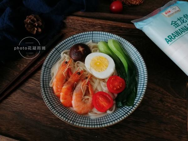鲜虾清汤面怎么做