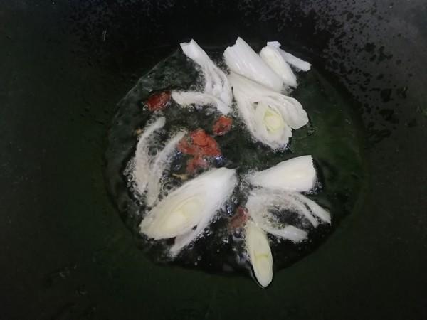 白菜炒粉条的简单做法