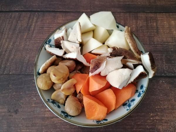 土豆板栗炖牛肉的家常做法