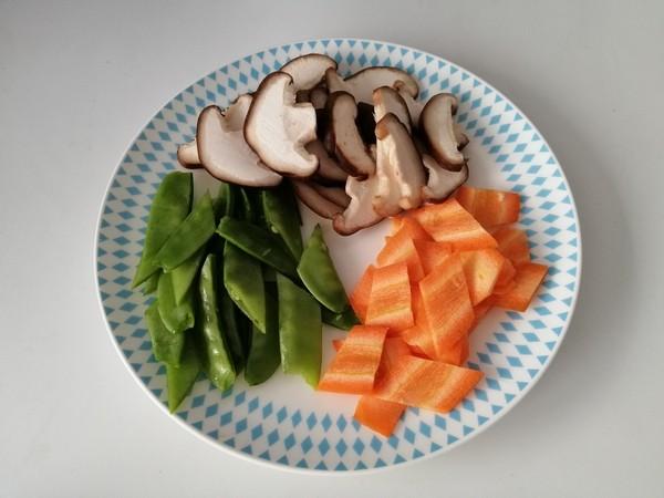 香菇炒荷兰豆的简单做法