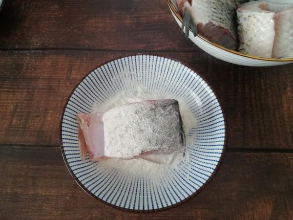 香菇豆腐炖草鱼怎么吃
