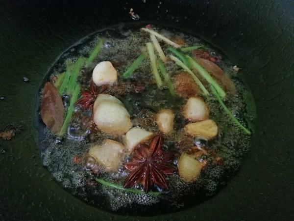 香菇豆腐炖草鱼怎么炒