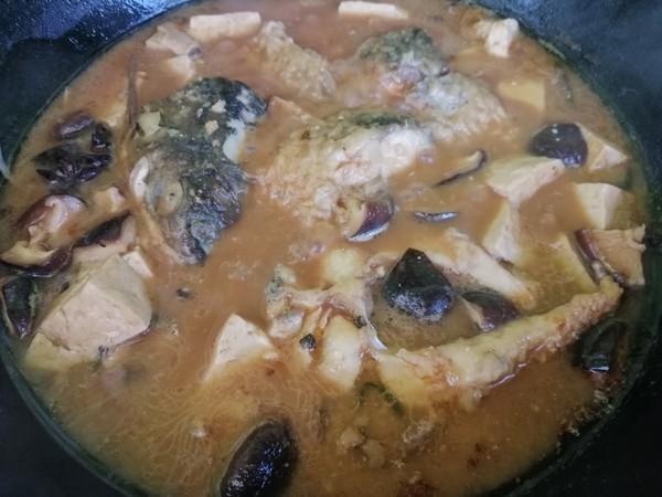 香菇豆腐炖草鱼怎么炖