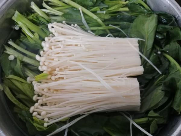 菠菜拌金针菇的做法图解