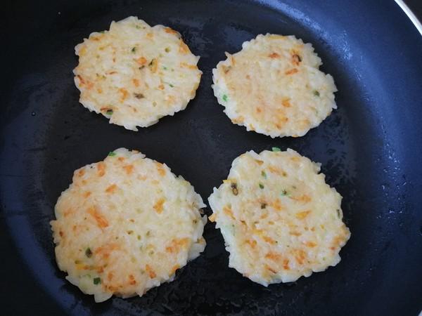 鸡蛋香煎米饼怎么做