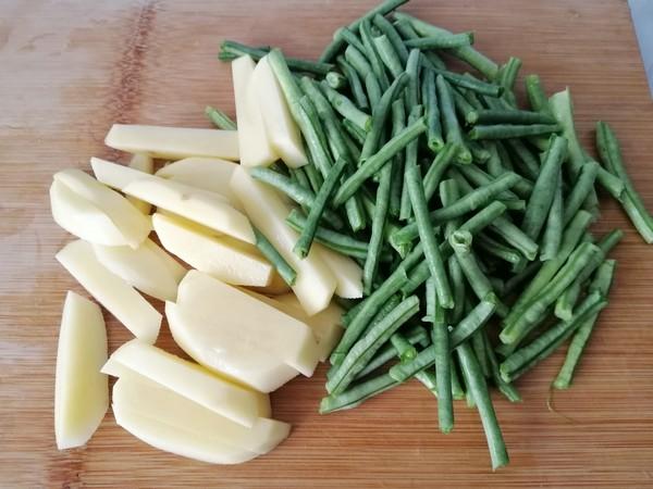 土豆炖豆角的做法图解