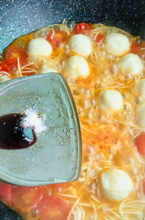 番茄浓汤鱼丸面怎么炒