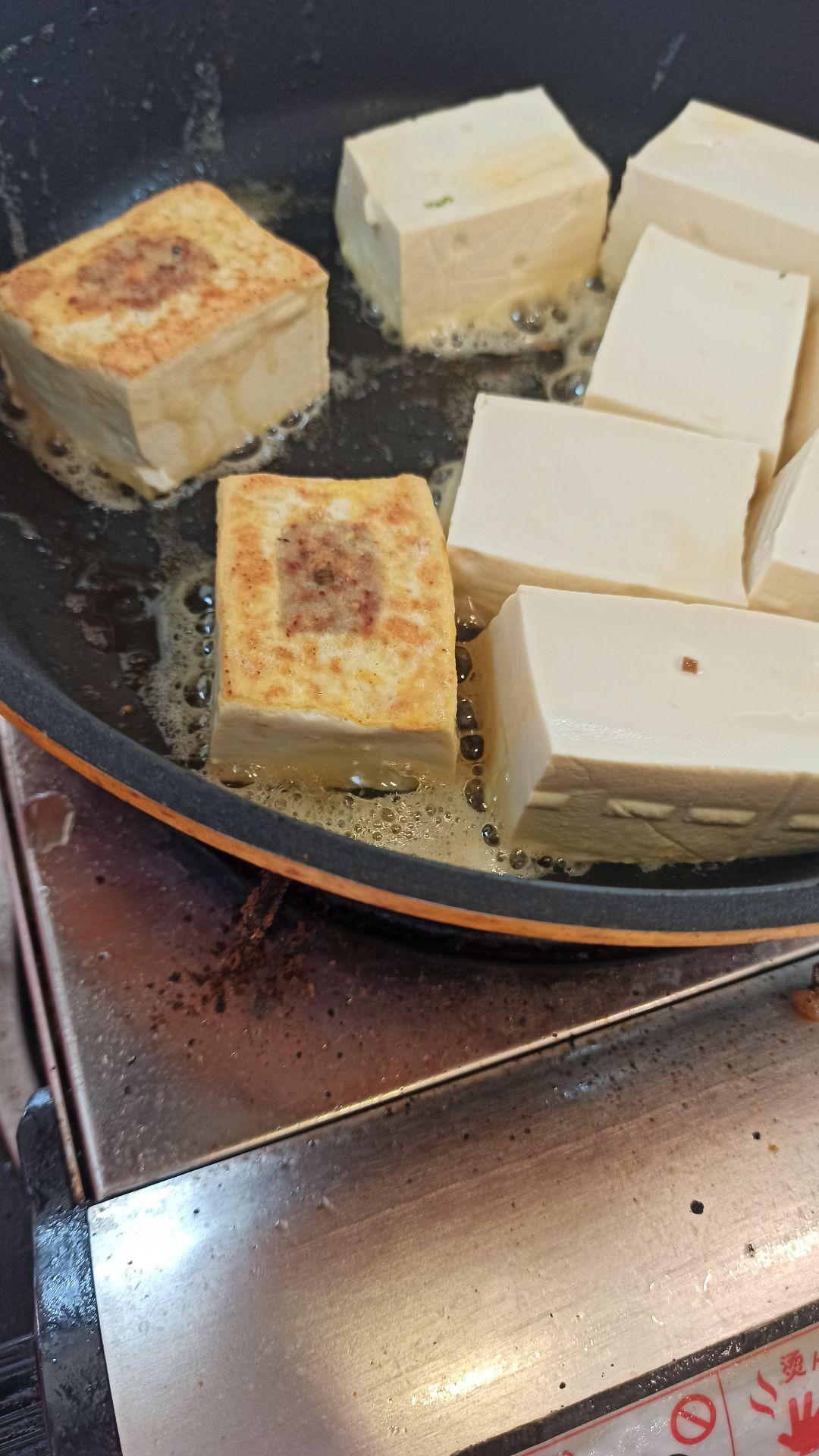 客家酿豆腐怎么煸