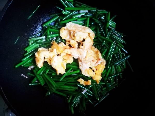 韭菜苔炒鸡蛋怎么吃