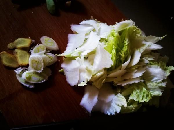 木耳炒白菜的做法图解