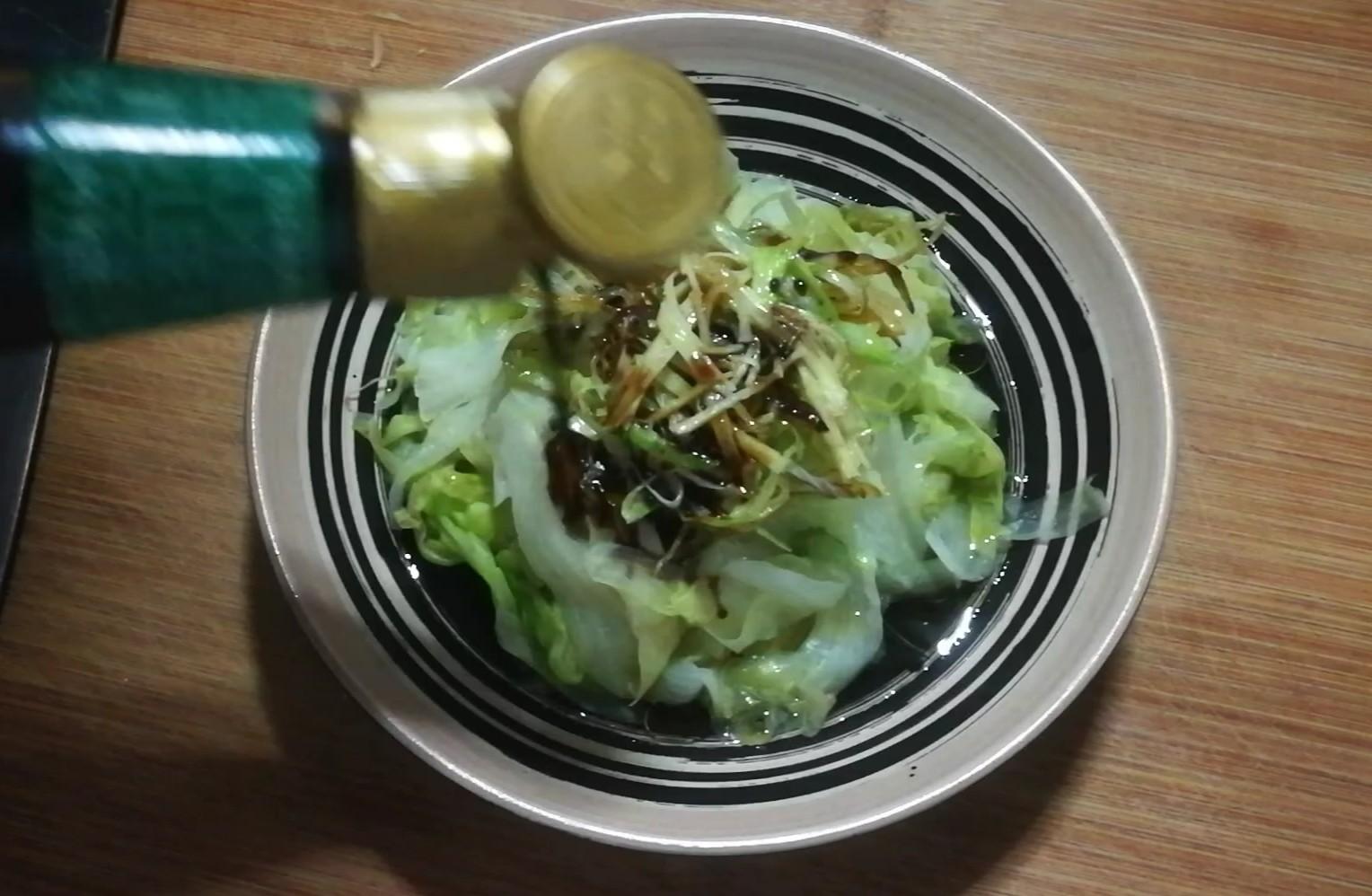 白灼生菜怎么吃