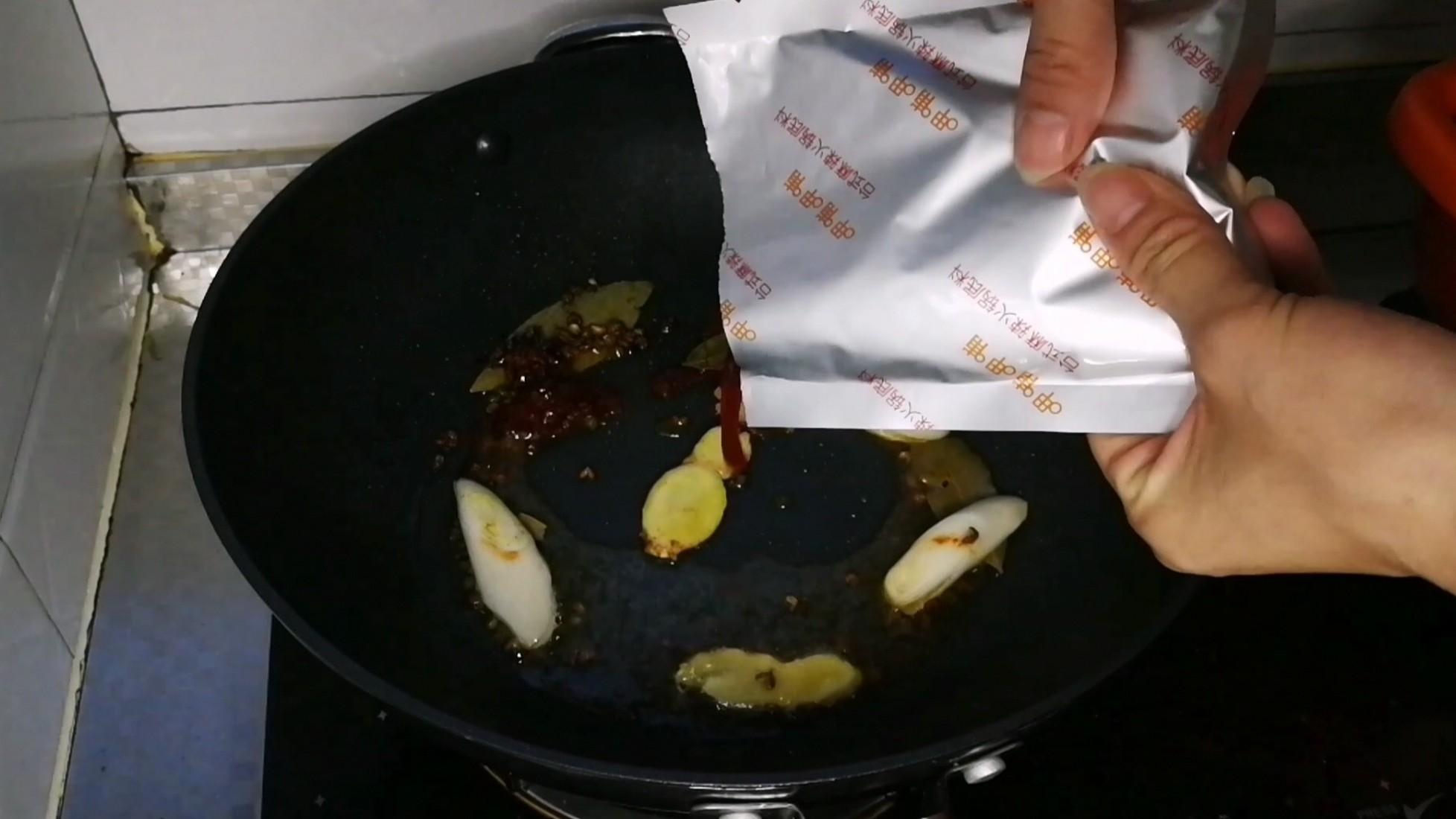 懒人家庭火锅,一懒到底,碗刷起来都省事的步骤