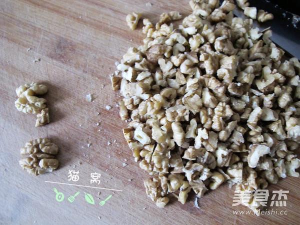 核桃芝麻葡萄枸杞红枣阿胶糕怎么做
