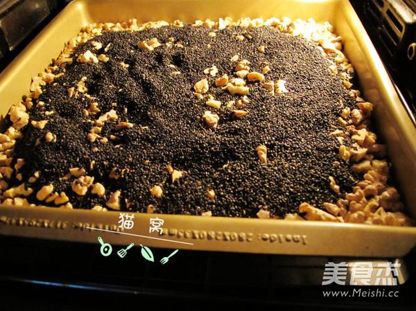 核桃芝麻葡萄枸杞红枣阿胶糕怎么煮