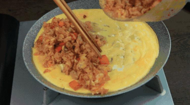 一份正宗的日式蛋包饭是怎样的怎么炖
