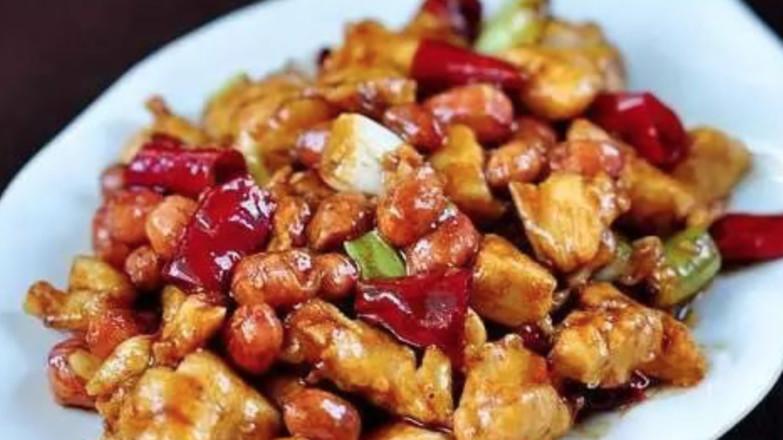 这可能是你吃过最好吃的宫保鸡丁了!成品图