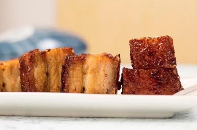 这块脆皮烧肉,好吃到会在口腔中炸裂成品图