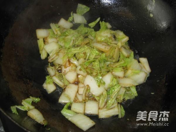 白菜炒冻豆腐怎么做
