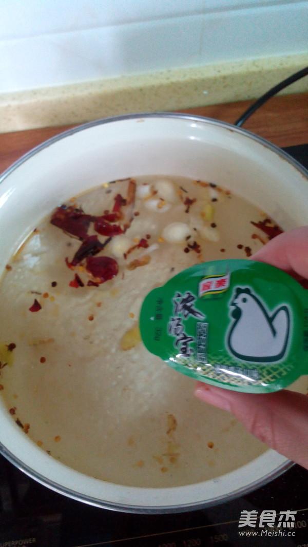 香辣什锦火锅怎么吃