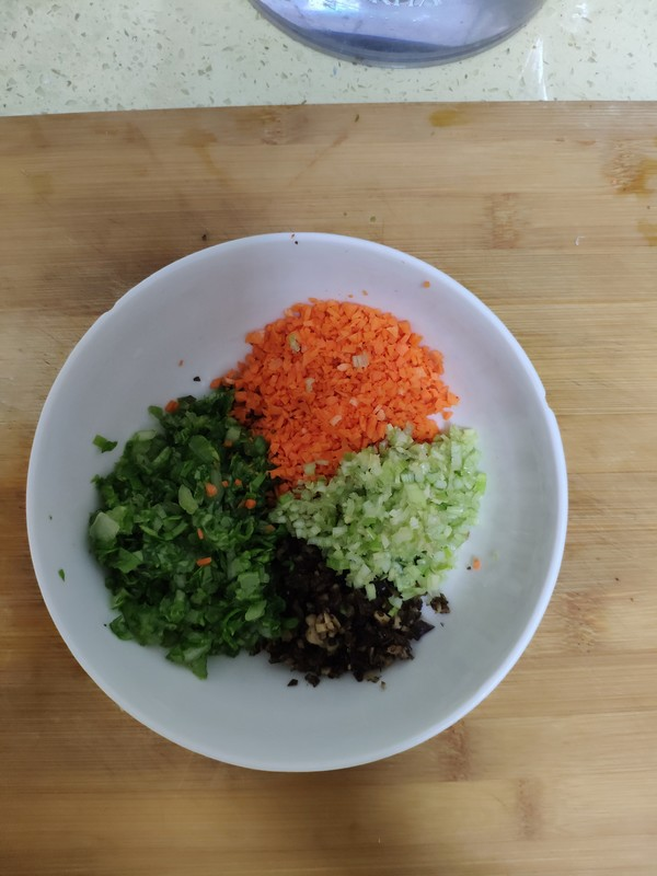 白菜胡萝卜包的做法图解