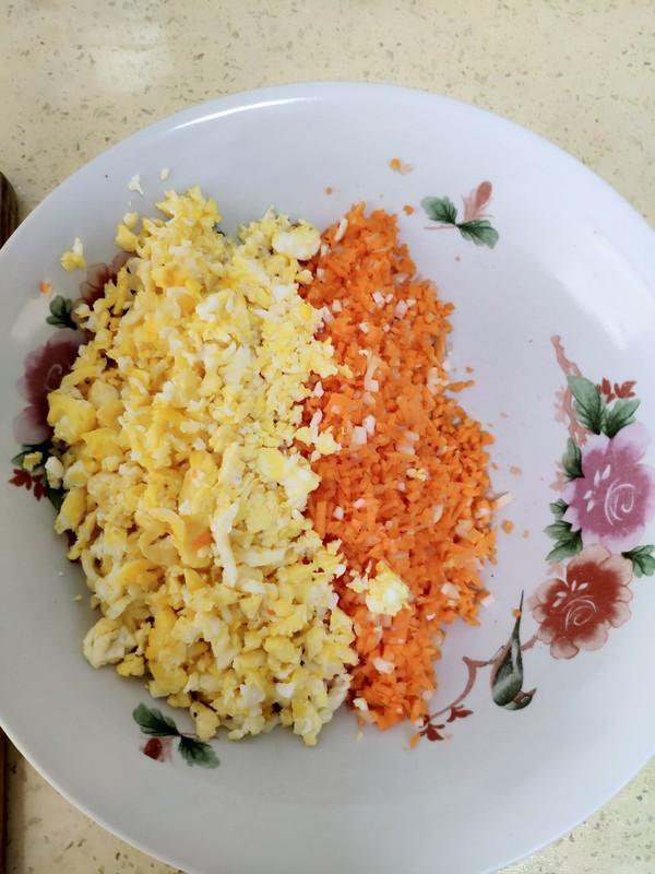 胡萝卜鸡蛋包的家常做法