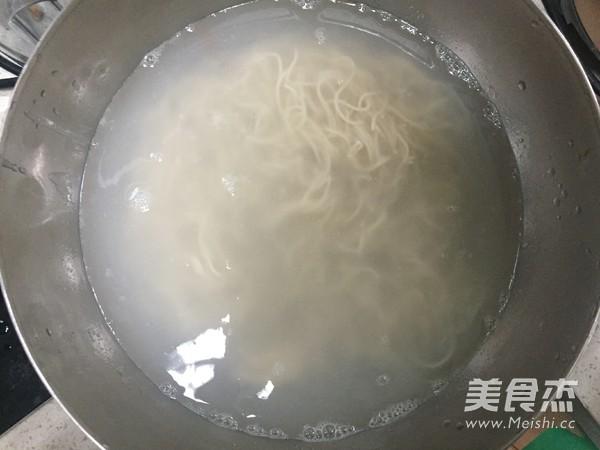 朝鲜冷面怎么吃