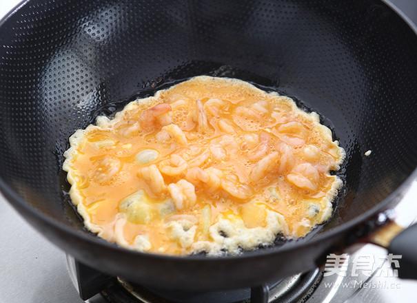 滑蛋虾仁怎么吃