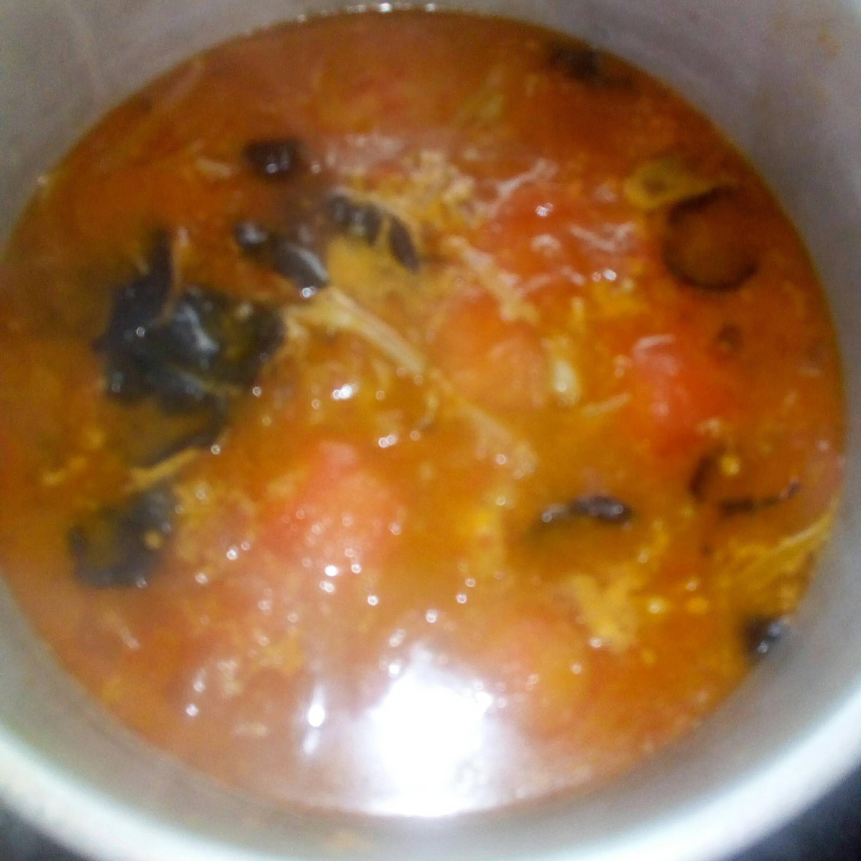 呷哺呷哺鸳鸯鱼火锅的简单做法
