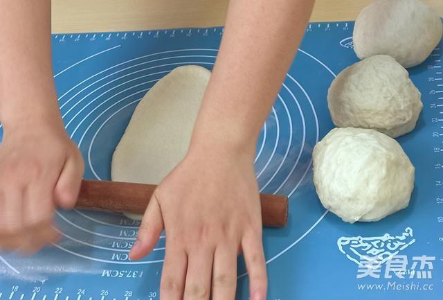 炼乳哈斯面包怎么吃