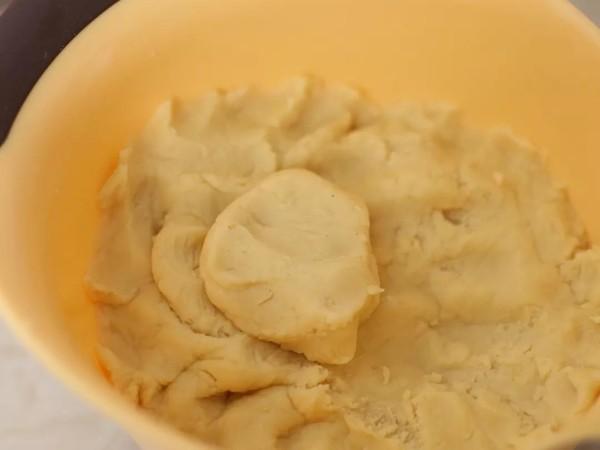 层层酥脆绿豆饼的家常做法
