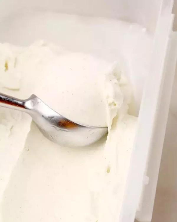 香草冰淇淋的步骤