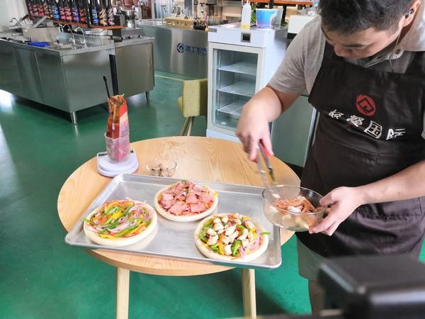 披萨︱培根披萨怎么吃