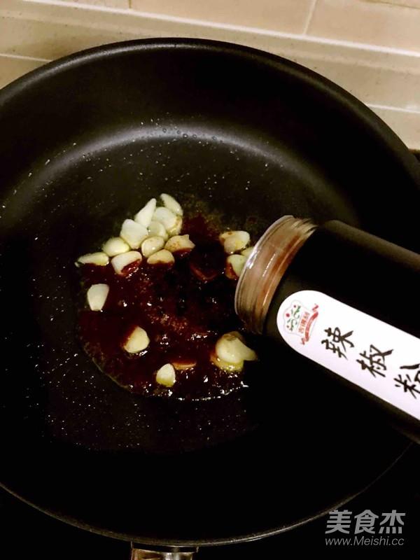泡菜五花肉怎么煮