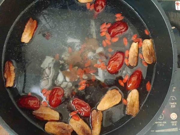 山药百合乌鸡汤的简单做法