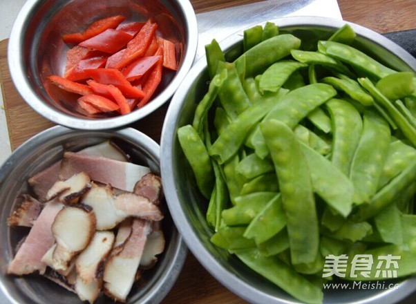 腊肉荷兰豆的做法图解
