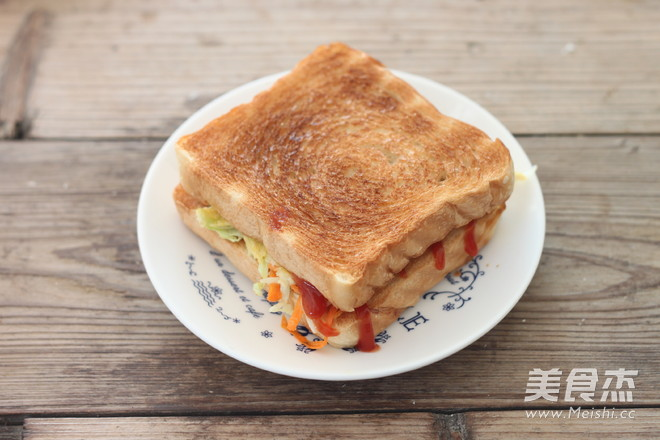 鸡蛋蔬菜三明治怎么煸