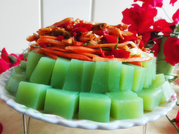 黄瓜汁豌豆凉粉成品图