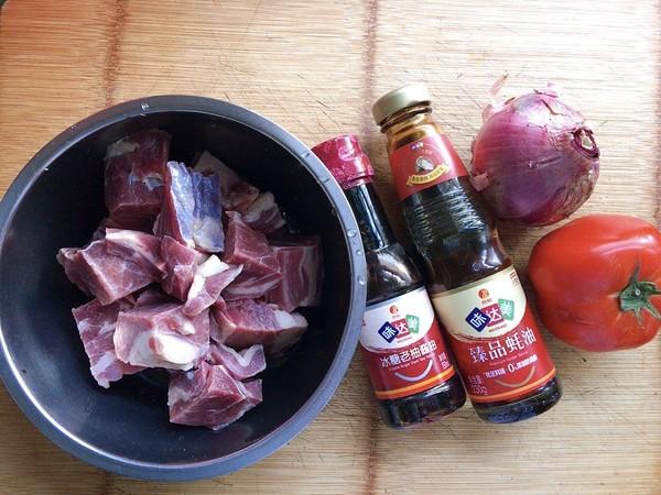 西红柿炖牛腩肉的做法大全