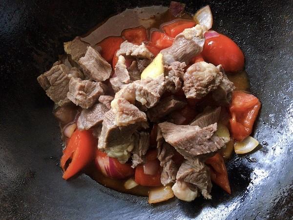 西红柿炖牛腩肉怎样做