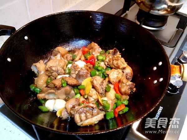 青椒童子鸡的简单做法