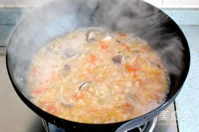 燕麦肉片疙瘩汤怎么炖