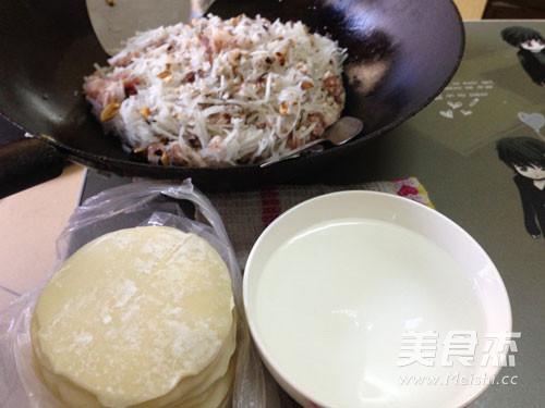 白萝卜猪肉饺子怎么炒