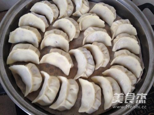 白萝卜猪肉饺子怎样炖