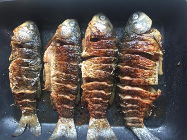 香辣烤鱼怎么煸