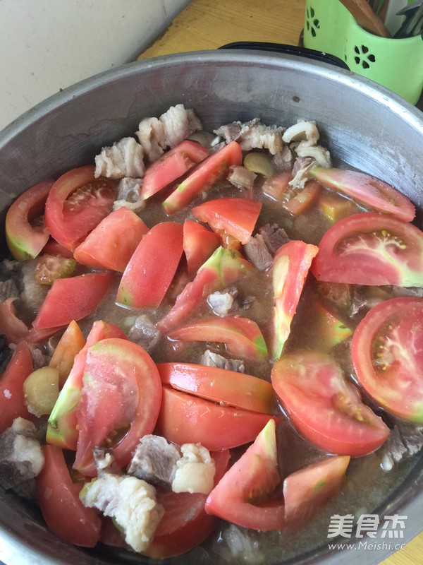 西红柿炖牛肉怎么吃