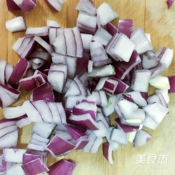 韩式辣白菜炒饭的家常做法
