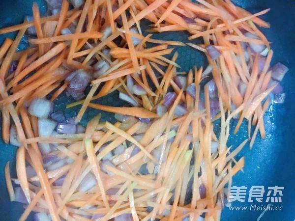 韩式辣白菜炒饭怎么吃