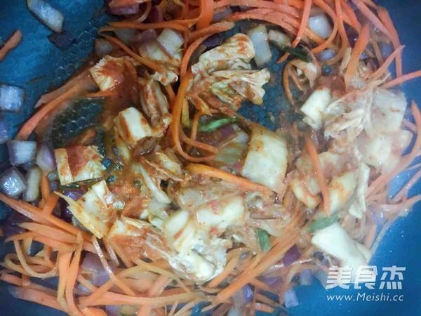 韩式辣白菜炒饭怎么做