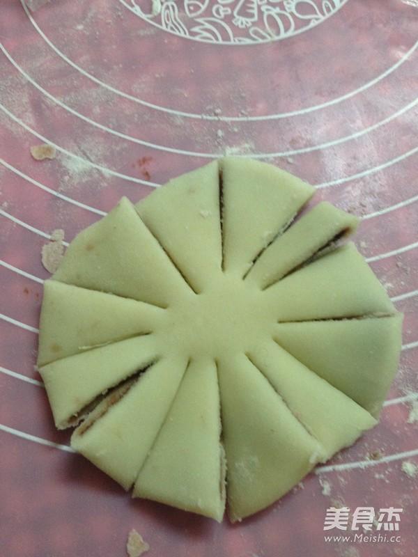 豆沙菊花酥的做法大全
